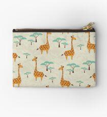 Giraffen Studio Clutch