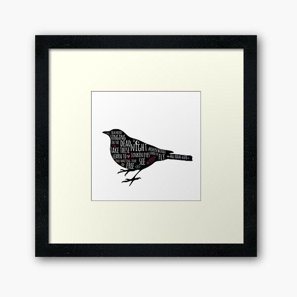 Silhouette de Blackbird classique avec des griffonnages et des paroles Impression encadrée