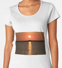 Little Eye Sunset Women's Premium T-Shirt