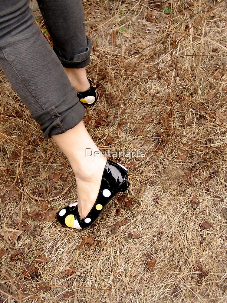 Walking on grass by Dentanarts