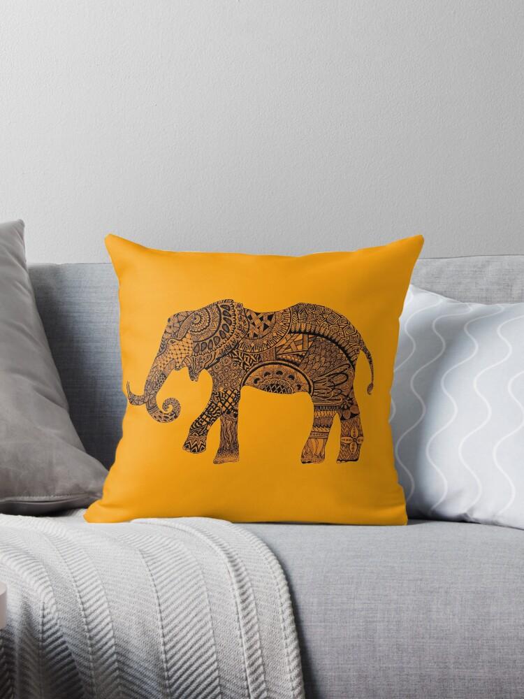 Yellow zentangle elephant by Maria Nazarian