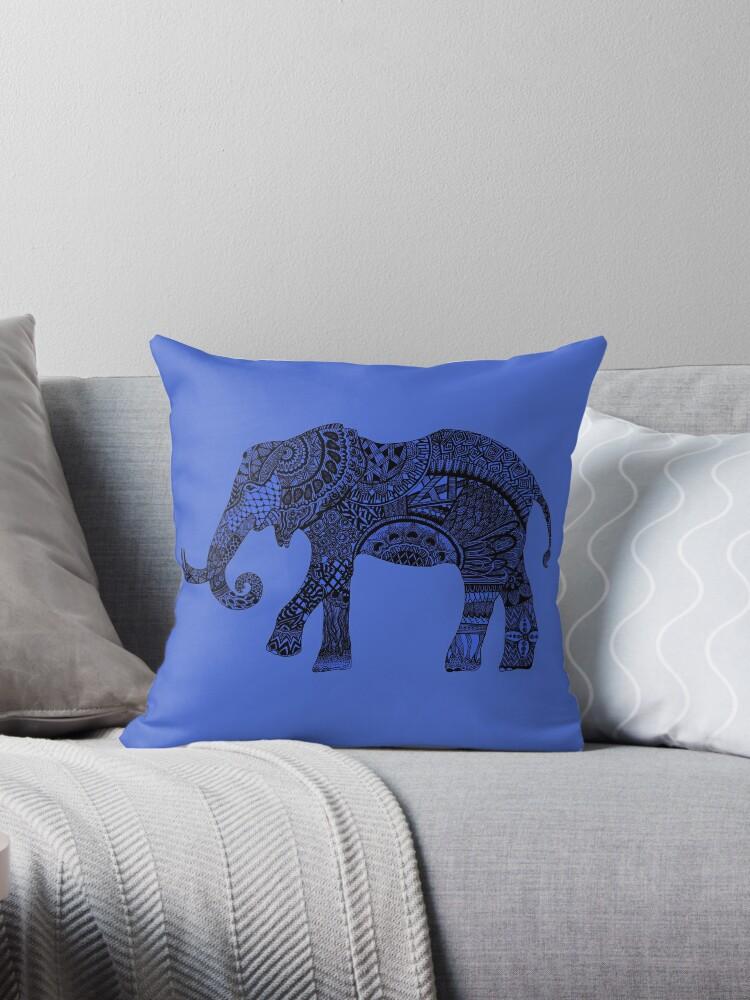 Blue zentangle elephant by Maria Nazarian