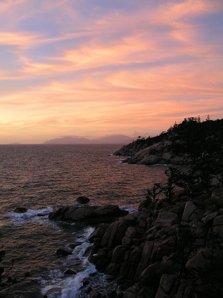 Ocean-Rock-Sky by neoniphon