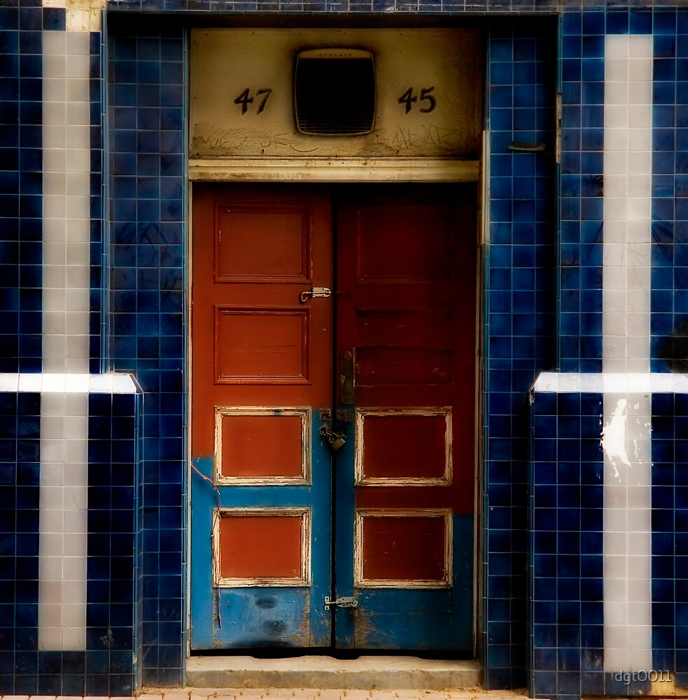 Red Door/Blue Door a.k.a. 47/45 by dgt0011