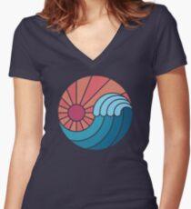 Sonne und Meer Tailliertes T-Shirt mit V-Ausschnitt