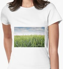 green wheat field Women's Fitted T-Shirt