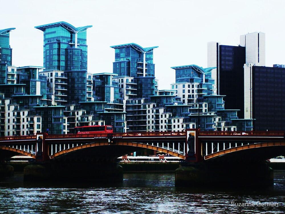 Vauxhall Bridge - London by Suzanne German