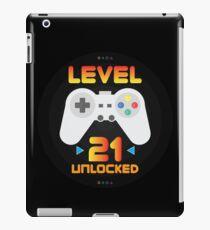 21st Birthday Gift - Level 21 Unlocked Funny Gamer Present iPad Case/Skin