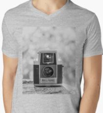 A Vintage Dream - Camera Men's V-Neck T-Shirt