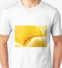 GOLDEN LOTUS FLOWER MACRO Unisex T-Shirt