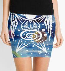 Pagan Art. Sternengöttin mit Wasser und Sternen. Minirock