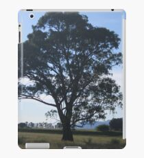Lonely tree iPad Case/Skin