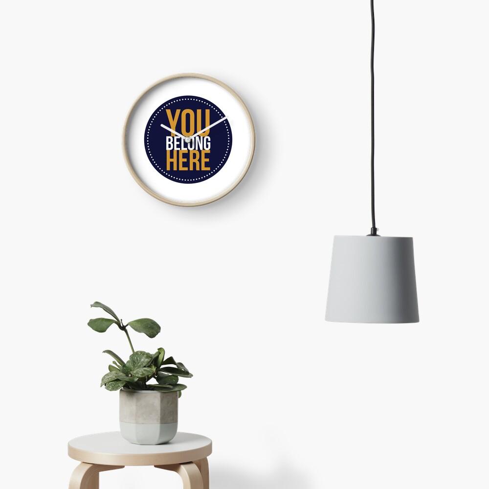 Tu perteneces aquí Reloj