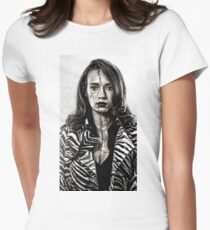 Fashion model with cracked face Women's Fitted T-Shirt