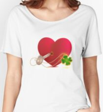 Red heart shaped lock and key with lucky leaf clover Women's Relaxed Fit T-Shirt