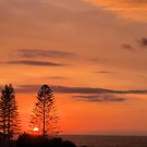 Kings Beach Sunrise by W E NIXON  PHOTOGRAPHY