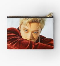 BABY DON'T STOP TEN Studio Pouch