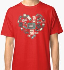 I Love Games Vintage Gamer Geek Nerd Classic Retro Games Heart Classic T-Shirt
