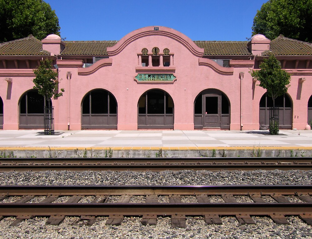 Berkeley Train Station by Gary Pope