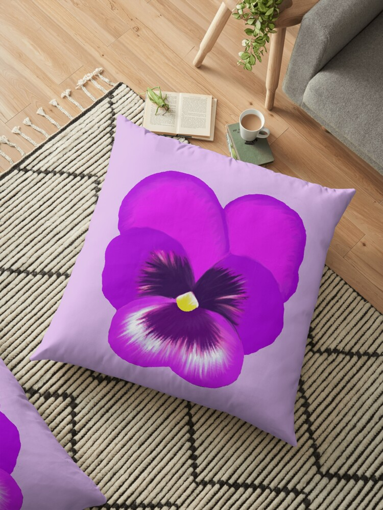 Single Purple Pansy Flower\