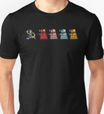 Doctor Who stuck in pac man T-Shirt