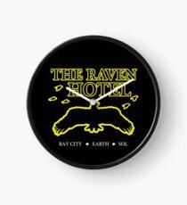 Das Raven Hotel Altered Carbon Uhr