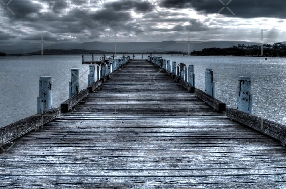 Pier on Lake illawarra by rom01