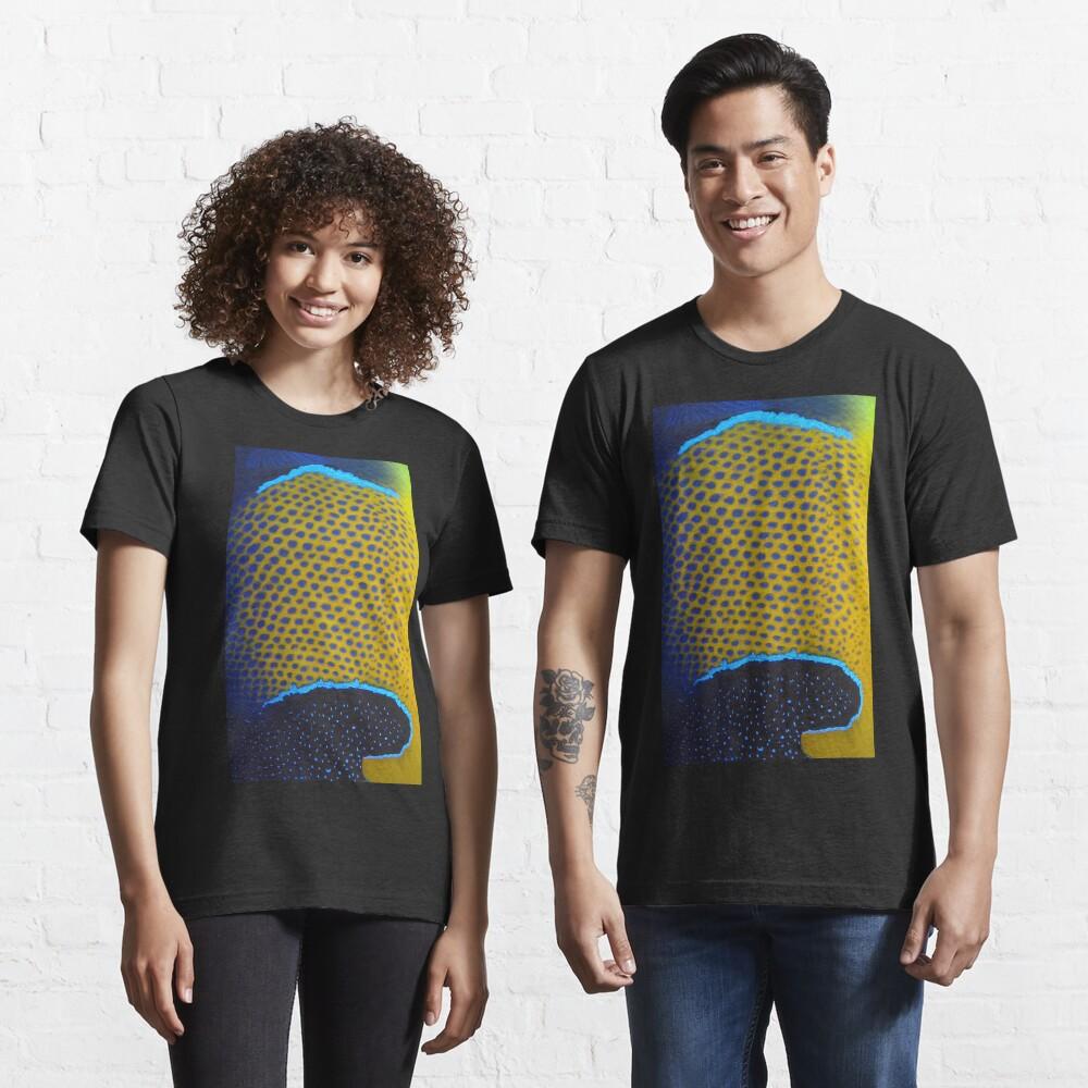 Navarchus T-shirt Essential T-Shirt