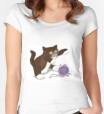 Kitten and the Purple Ball of Yarn Women's Fitted Scoop T-Shirt
