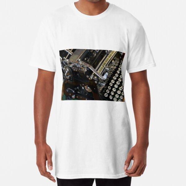 Old Typewriter Triumph Long T-Shirt