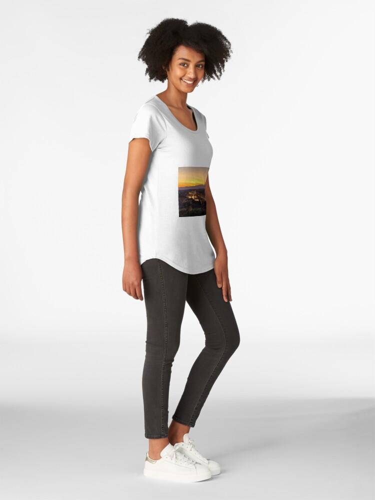 Vista alternativa de Camiseta premium de cuello ancho Florence