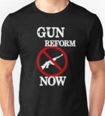 Gun Reform Now Anti Gun #NEVERAGAIN Unisex T-Shirt