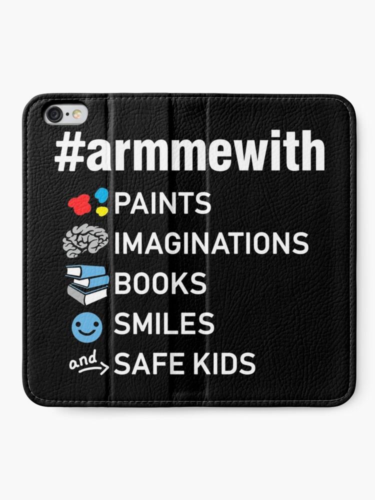 Alternative Ansicht von Waffenkontrolle Lehrer Shirt, Arm mich mit Büchern iPhone Flip-Case