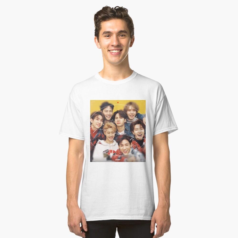Augen auf dich gerichtet Classic T-Shirt