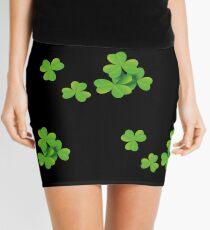 St Patricks Day. Realistische Kleeblätter. Irish. Minirock
