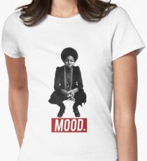 NINA SIMONE | STIMMUNG (ISSA RAE) Tailliertes T-Shirt für Frauen