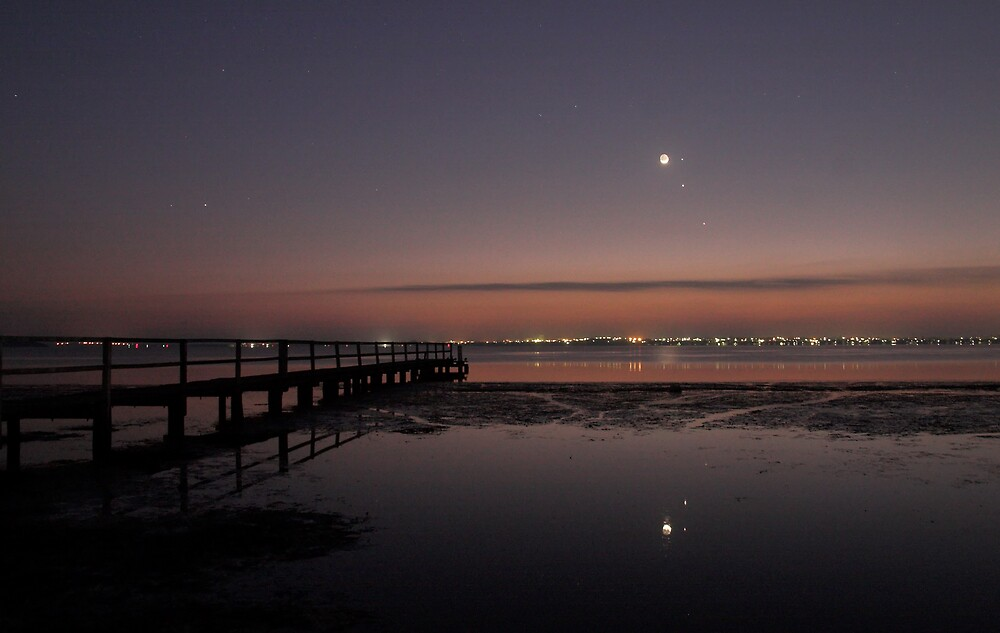 Conjunction Reflection at Dawn - Moon, Mercury, Jupiter and