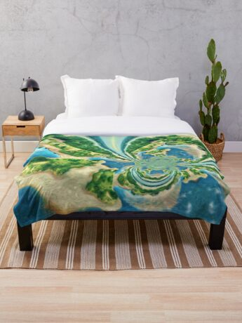 Extraterrestrial planet Throw Blanket