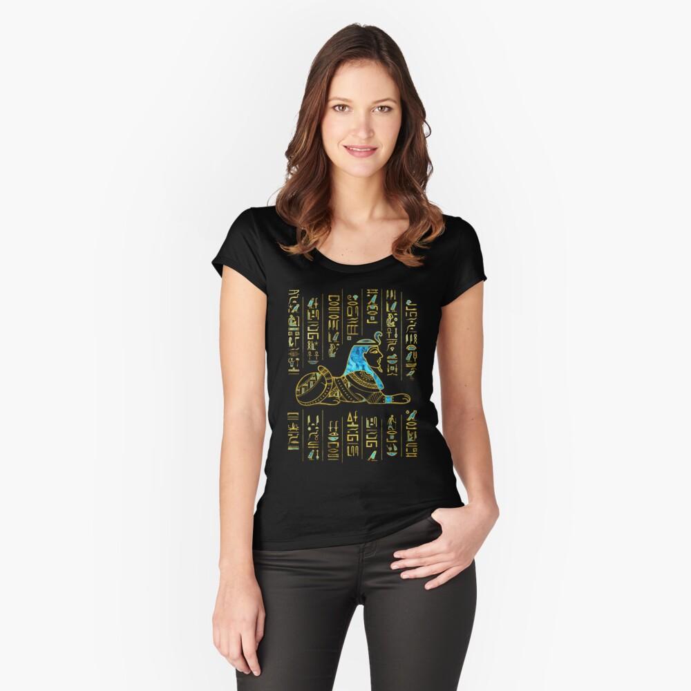 Ägyptische Sphinx auf Hieroglyphen Blauer Kristall und Gold Tailliertes Rundhals-Shirt