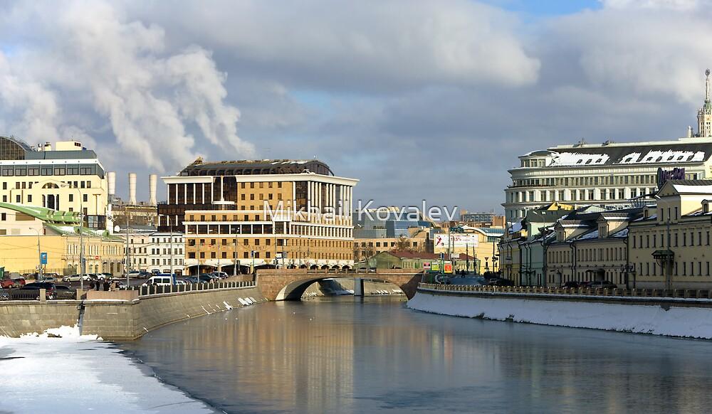 City scenery by Mikhail Kovalev