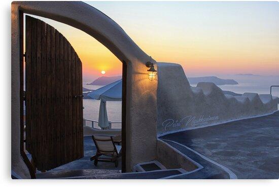 Santorini sunsets by Petri Naukkarinen