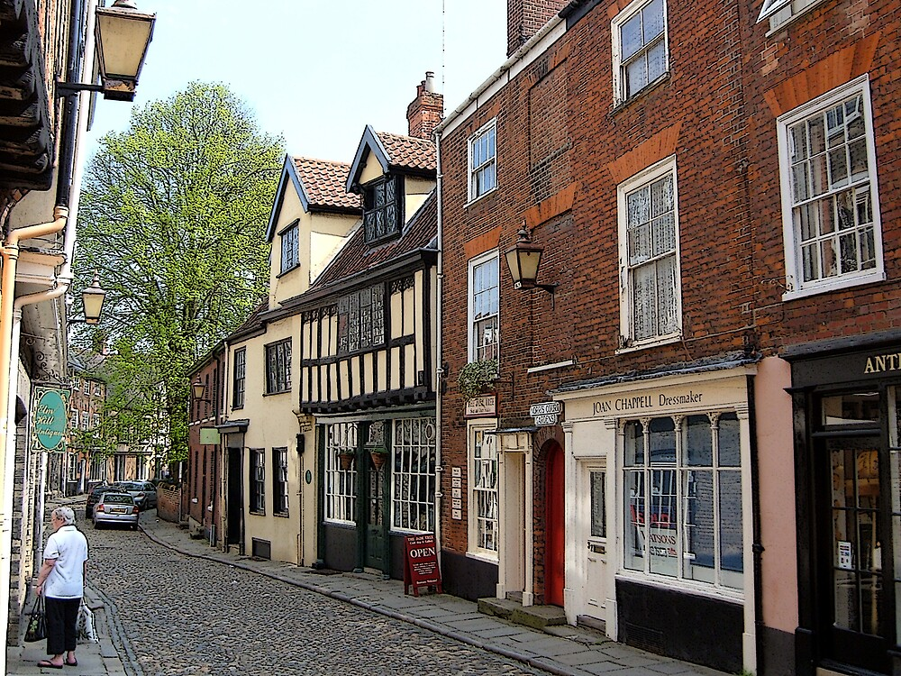 Elm hill street in Norwich by RichardericWest