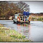 Schmales Boot auf Chichester Canal. von mrcoradour