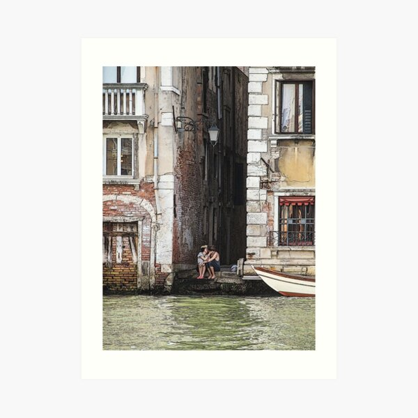 Lovers in Venice, Italy Art Print