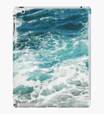 Blaue Meereswellen iPad-Hülle & Klebefolie