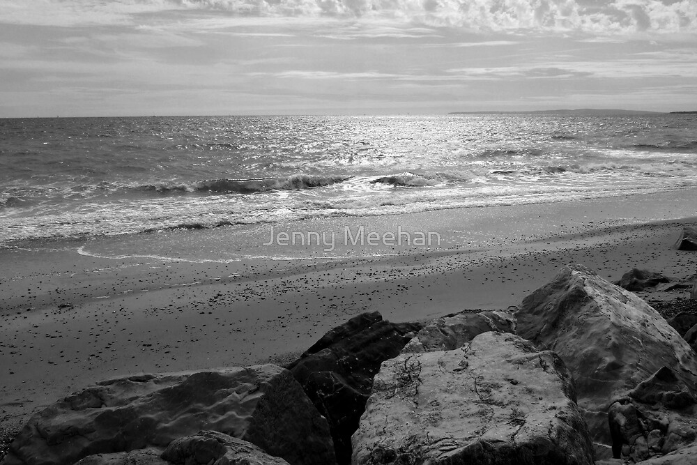 Barton on Sea, Waves and Rocks, Sussex, UK by jenny meehan