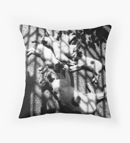 Family moments Throw Pillow