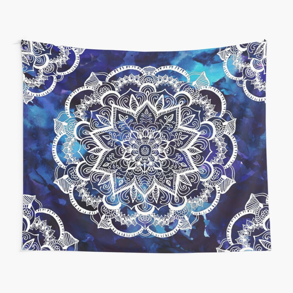Queen Starring of Mandalas Wall Tapestry
