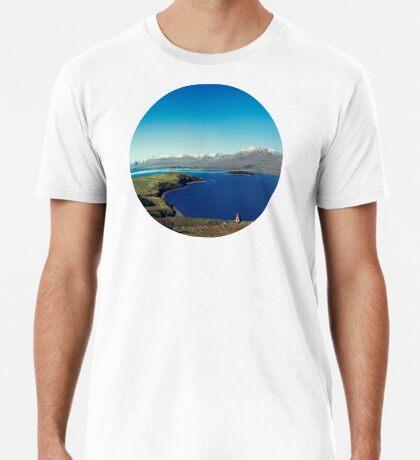 Sie fühlte sich im Lake Tekapo winzig Premium T-Shirt