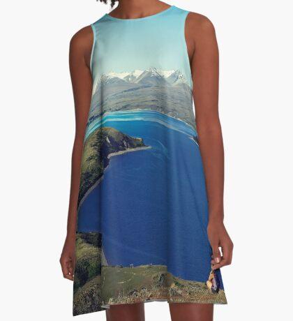 Sie fühlte sich im Lake Tekapo winzig A-Linien Kleid